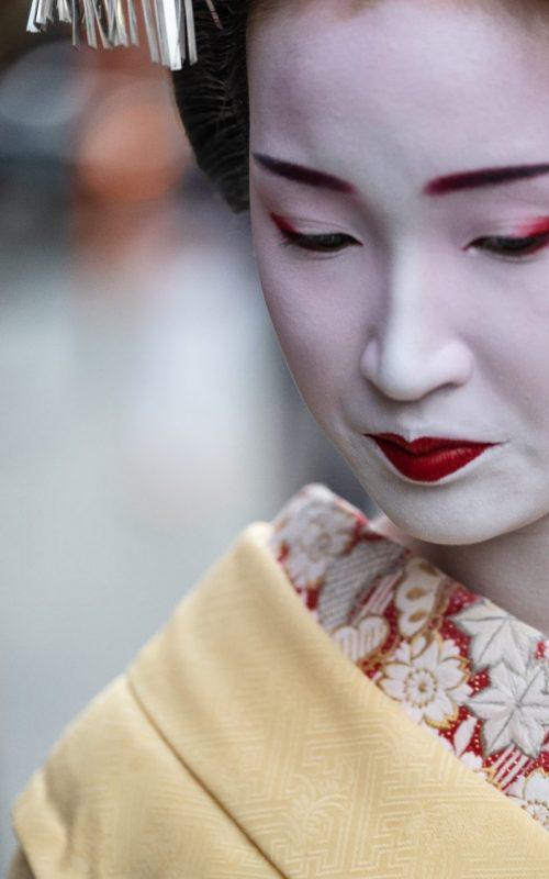 geisha face 1 resized