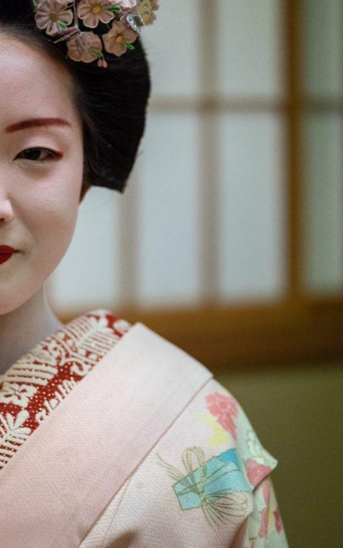 geisha face 2 resized